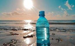 V izraelském letovisku Eilat plastovým výrobkům definitivně odzvonilo