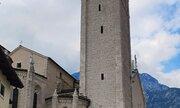 Dóm sv. Apoštola Andrease, původně románsko - gotická stavba že 14. století